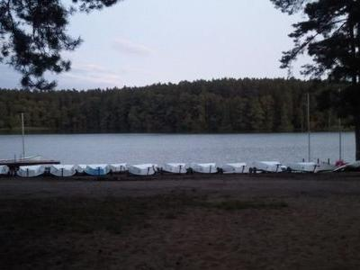 Obóz nad jeziorem 15