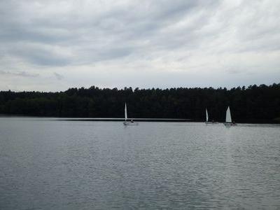 Obóz nad jeziorem 22