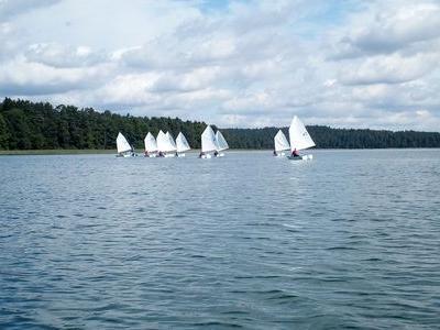 Obóz nad jeziorem 19